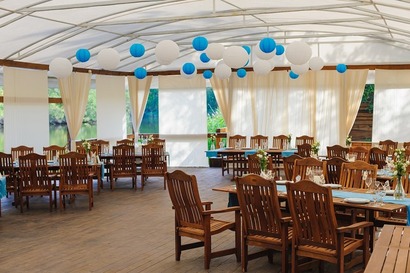 When Looking for Wedding Tents to Rent, Don't Forget the Finer Details
